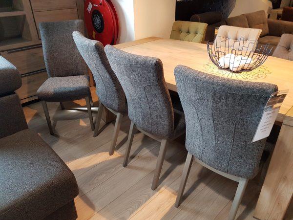 Set van 4 stoelen breadu van 896 NU VOOR 599