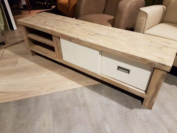 Tv dressoir 160 cm van 699 NU VOOR 399
